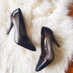 Aldo tan and black ombré patent heels